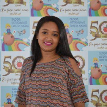 Tia Cláudia Letícia