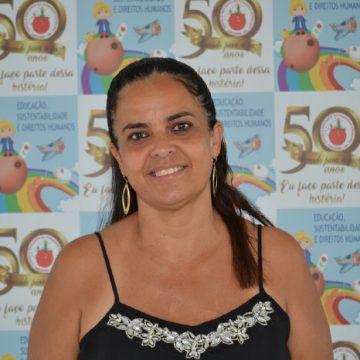 Tia Regina Luzia