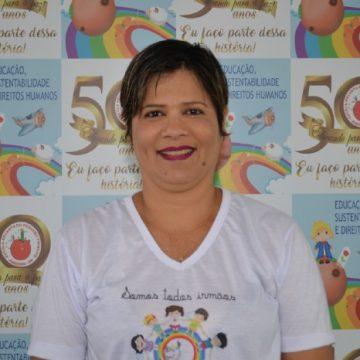 Tia Francilene Oliveira