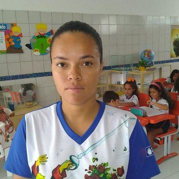 Tia Kamila Souza